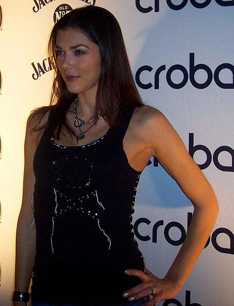 """Adrianne Curry im """"Crobar Nightclub"""" in Chicago."""