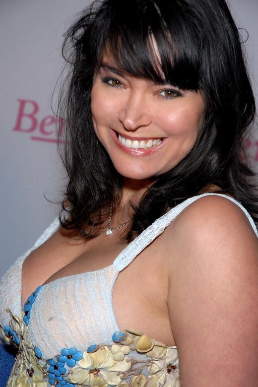 """Devin Devasquez bei der """"Benchwarmer Valentines Party"""" im Dezember 2008 in Hollywood."""
