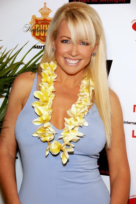 Robin Bain auf einer Hawaii-Party in Hollywood im Februar 2008.